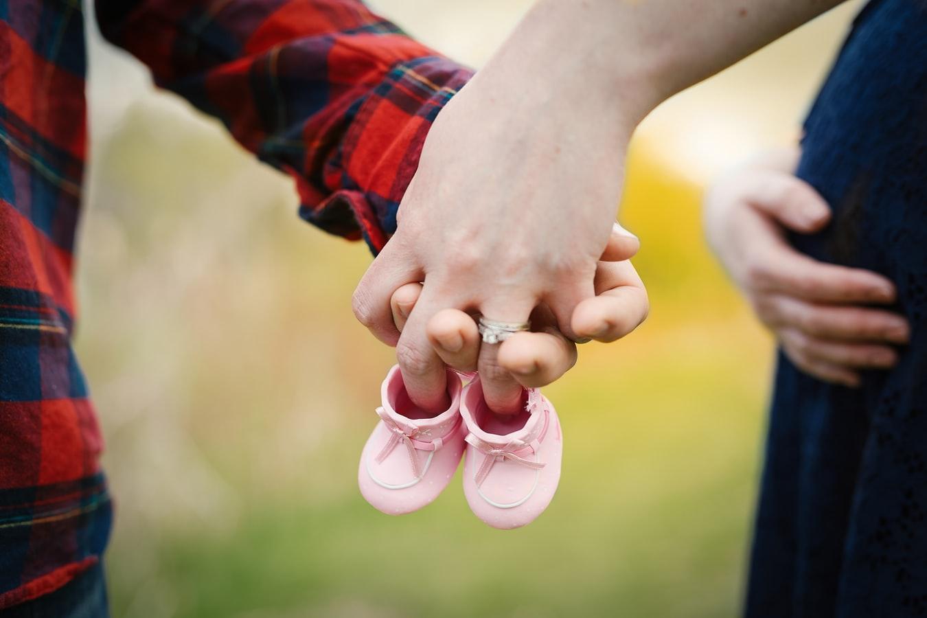 育婴师需要学什么?育婴师工作职责是什么?(图1)