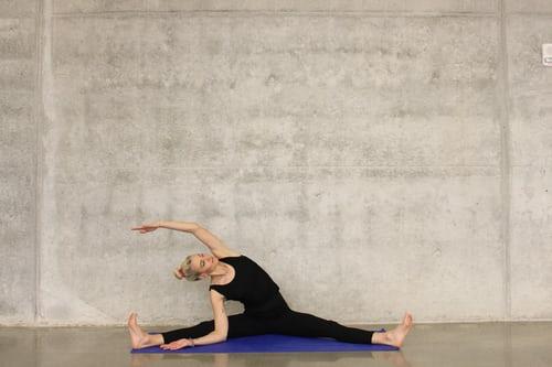 产后恢复瑜伽多少钱?产后恢复髋骨仪效果好吗?(图1)
