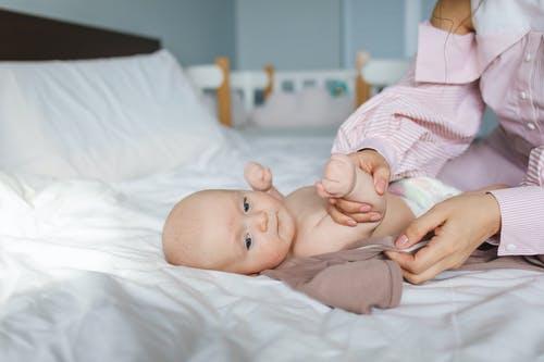 育婴师考试简介,哪个育婴师培训学校好?