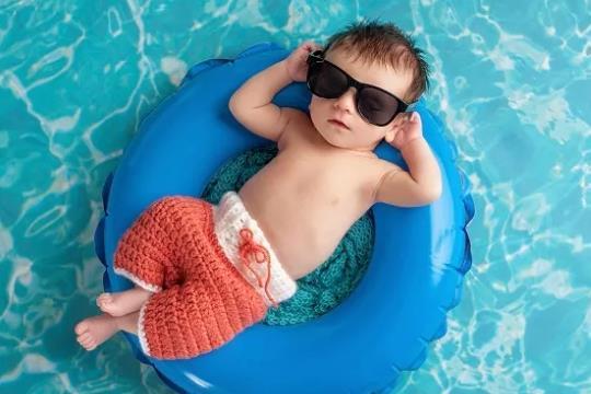 原来冬季带宝宝游泳的好处也不少